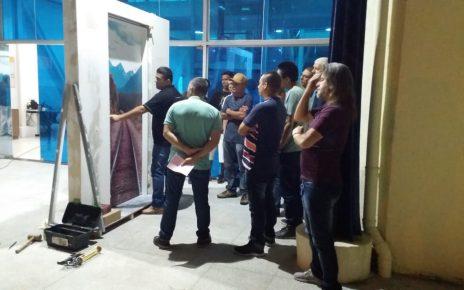 treinamento instalação de porta